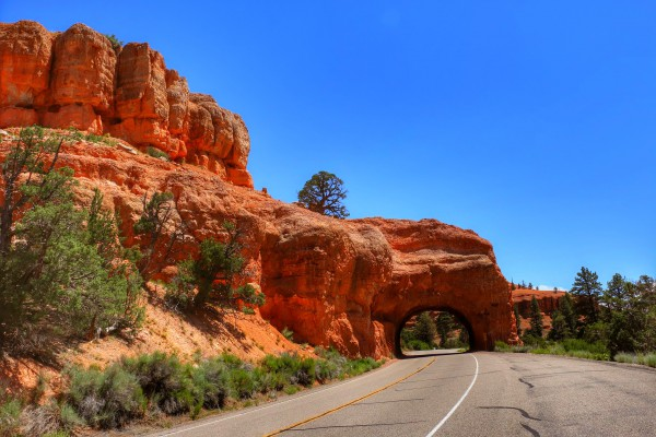 Utah's Scenic Byway 12 tunnel boog arch