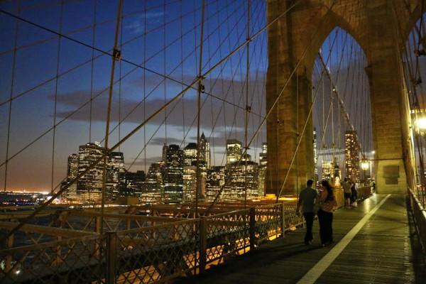 Brooklyn Bridge wandelpad skyline