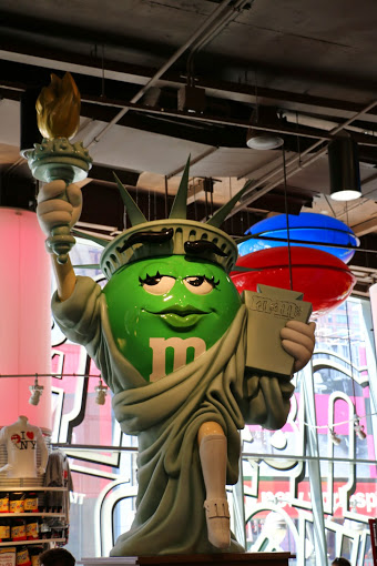 M&M store New York