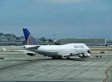 San Francisco Airport United 747