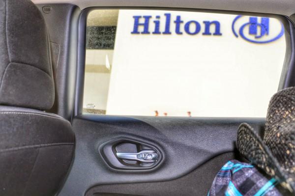 Hilton Anaheim auto