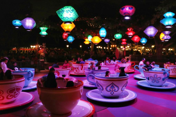 Theekopjes Disneyland Anaheim