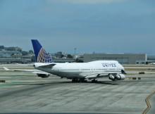 San Francisco Airport United 747